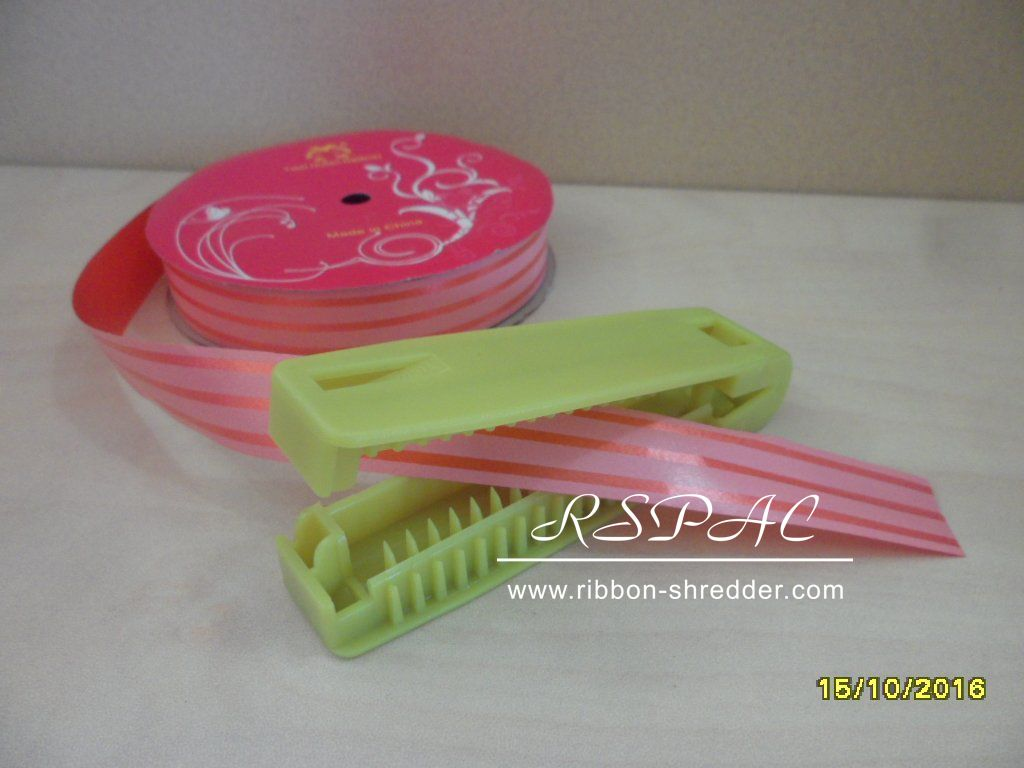 Manufacture pp plastic curling ribbon curler shredder for sale