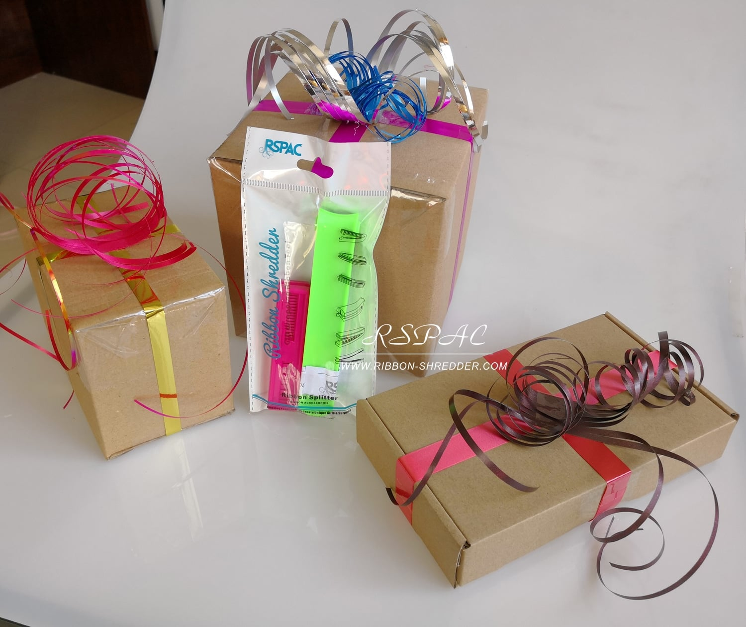 Gift-Wrapping-Idea-for-Christmas-Gifts